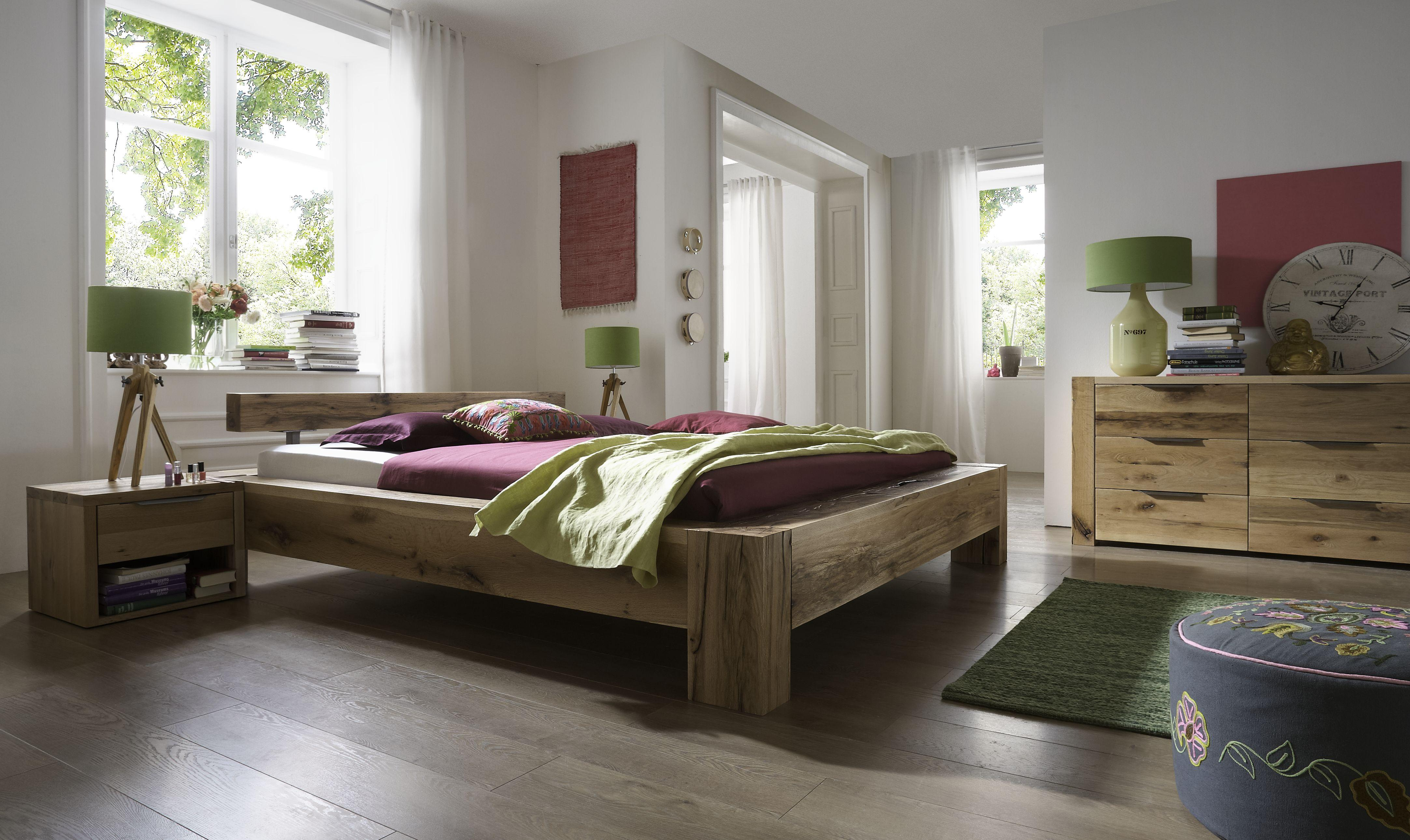 Balkenbett Heavy Sleep aus Massivholz Eiche geölt