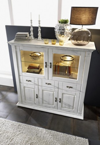 massivholz highboard wei vitrine kiefer shabby chic. Black Bedroom Furniture Sets. Home Design Ideas